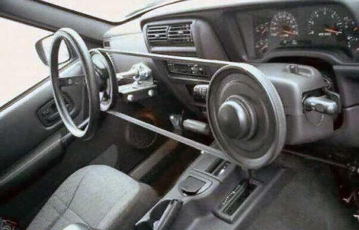 Зображення, що містить автомобіль, панель керування  Автоматично згенерований опис
