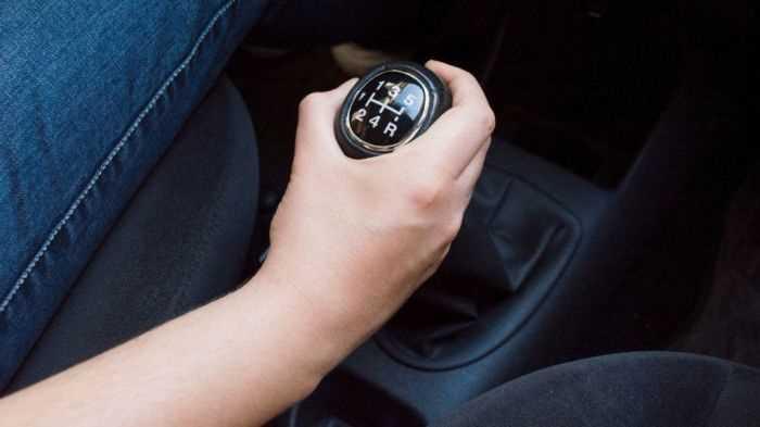 3 простих способи зупинити машину, якщо відмовили гальма