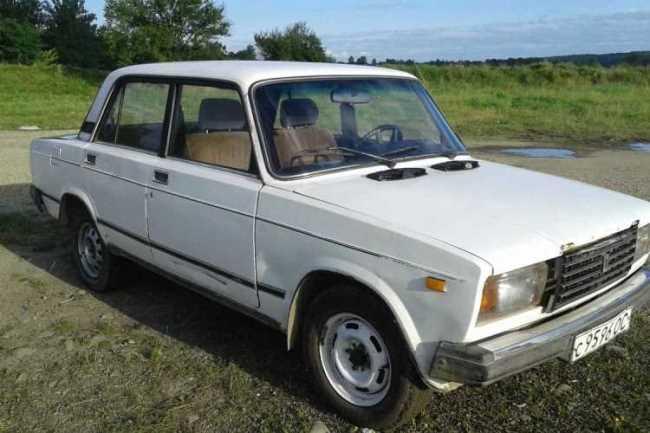 Продаж авто ВАЗ Lada 2107 2020 р. Бензин  ціна $ 690 у м. Коломия