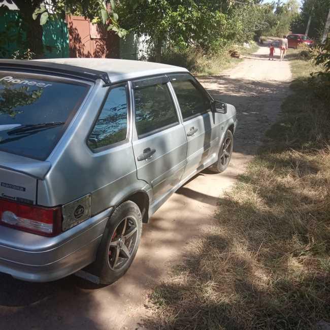 Продаж авто ВАЗ Lada 2114 2009 р. Бензин  ціна $ 3200 у м. Харків