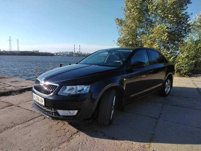 Продаж авто Skoda Octavia 2015 р. Бензин  ціна $ 11997 у м. Київ