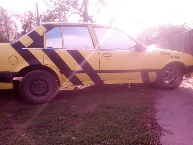 Продаж авто Opel Rekord 1985 р. Газ/Бензин  ціна $ 800 у м. Миколаїв