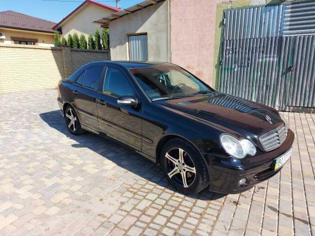 Продаж авто Mercedes-Benz C-Класс 2006 р. Дизель  ціна $ 7200 у м. Чортків